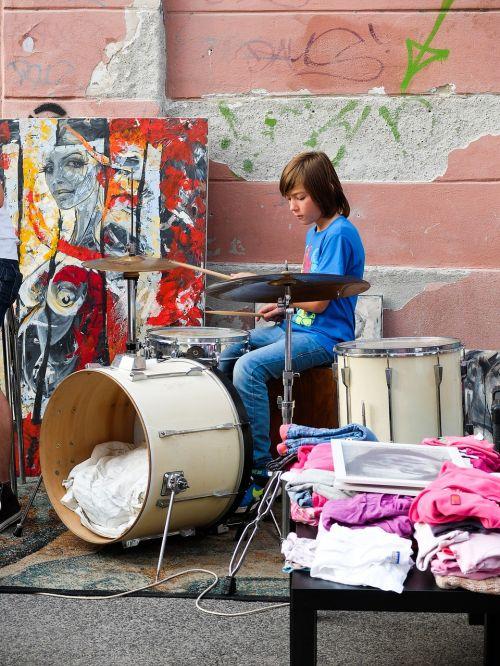 blšák drummer little drummer