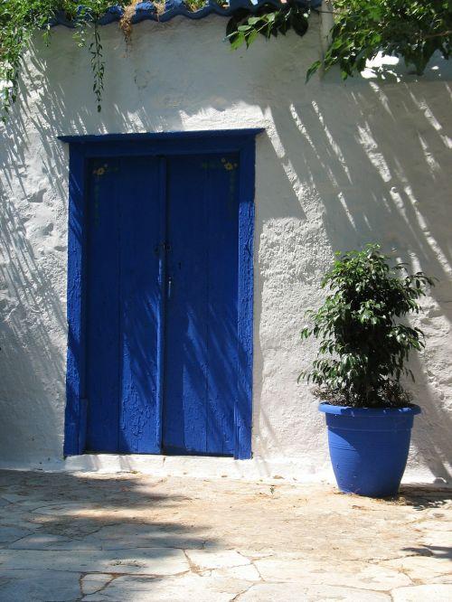 blue door wood