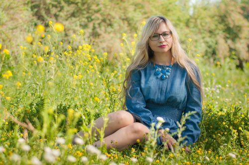 blue portrait girl