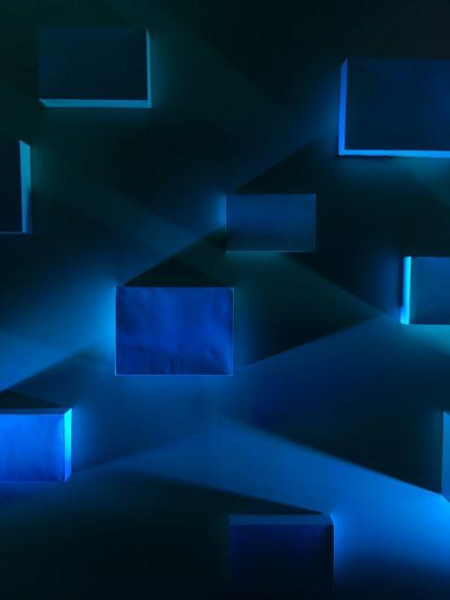 blue blocks shadows