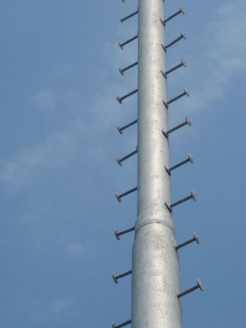 blue sky mast