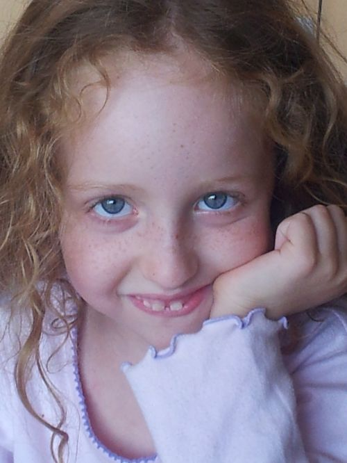 blue eyes girl young