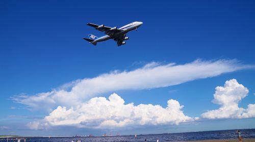 blue sky airliner exhilarating