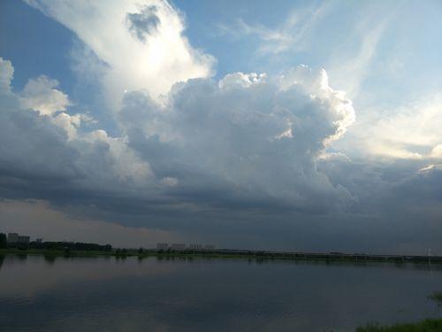 blue sky white cloud jiang