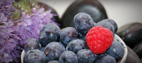 blueberries raspberry fruits