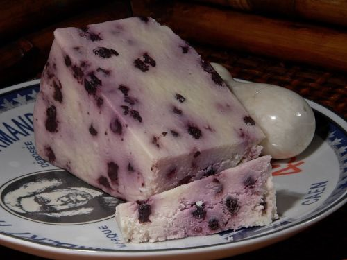 blueberry stilton cheese milk product food