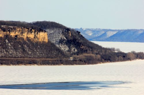 Bluff On The Mississippi