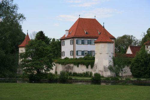 blutenburg munich architecture