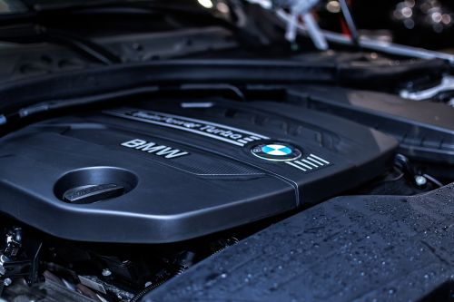 bmw engine car