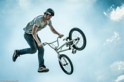 bmx sports jump