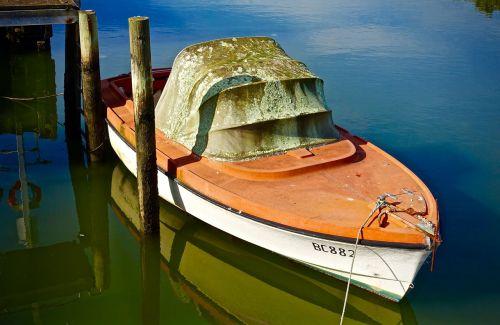 boat grunge dilapidated