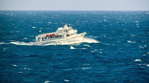 boat storm heavy sea