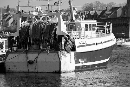 boat trawler fishing