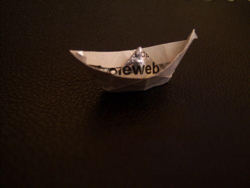 boat paper transport