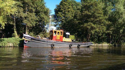 boat water friesland