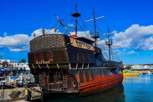 valtis,laivas,laivas,burlaivis,piratų laivas,kruizinis laivas,turizmas,uostas,ayia napa,Kipras