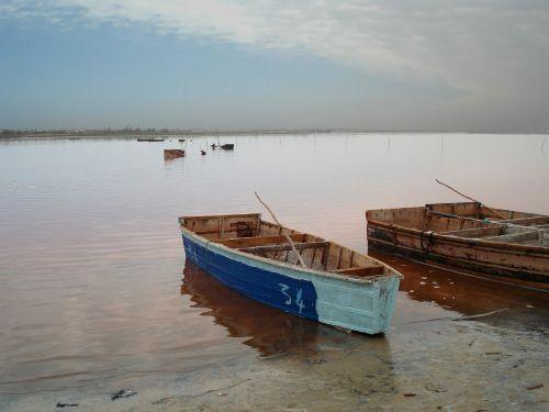 boat lake senegal