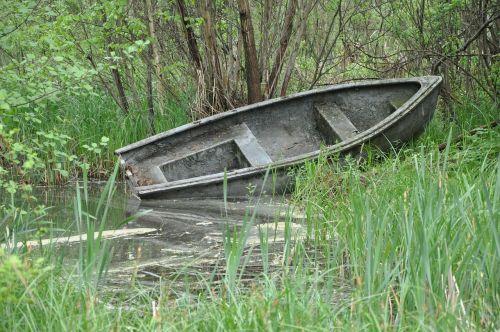 boat lake scrubs