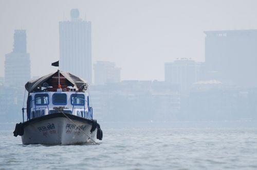 boat mumbai bay