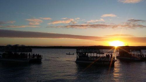 boat sunset horizon