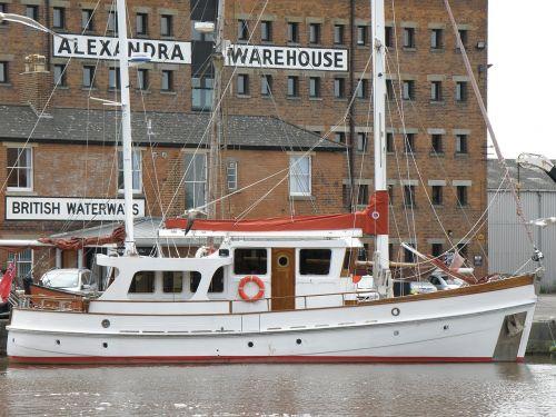 boat quay warehouse