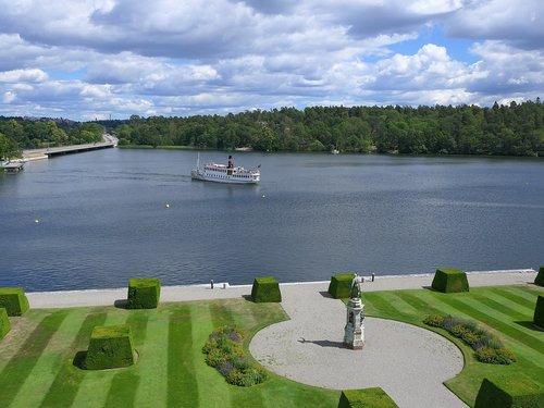 boat  drottningholm  landing