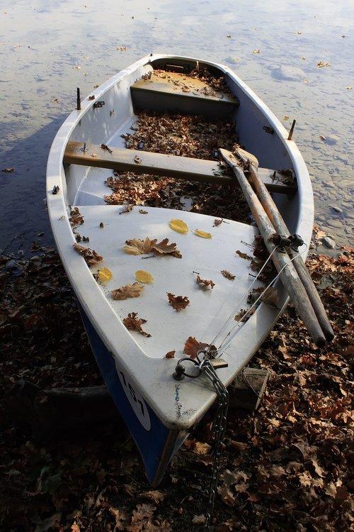 boat  paddle boat  paddle