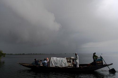 boat  bangladesh  sylhet