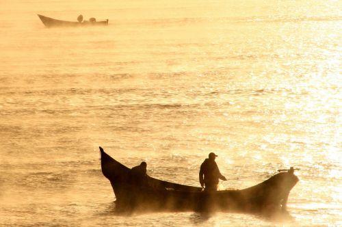 boat cold morning fog