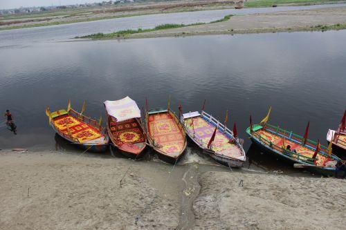 boat water uttar pradesh