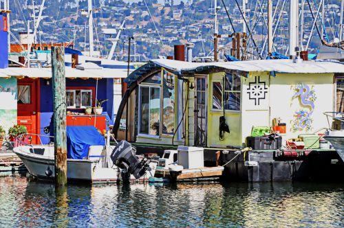 Boat Homes