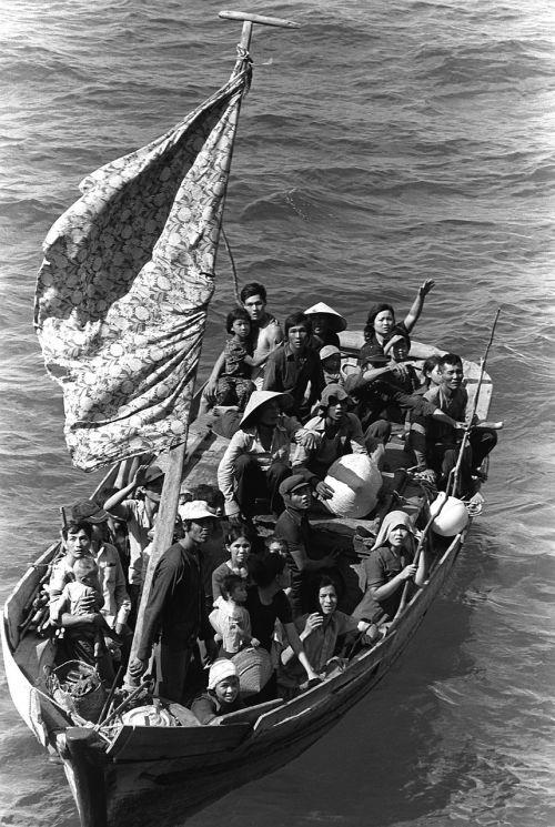 boat people 35 vietnamese refugees 1982