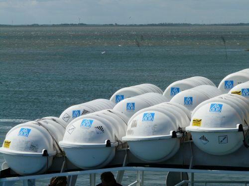boat trip lifeboats encapsulate