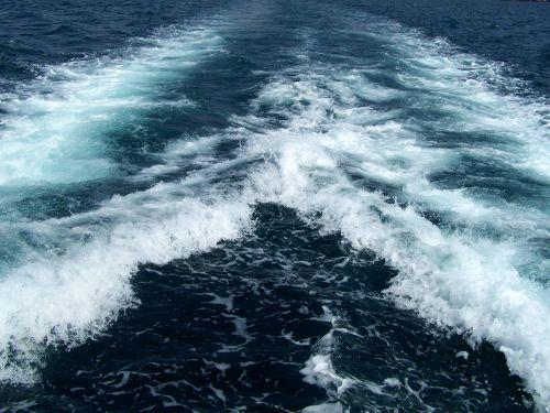Boat Wake 2