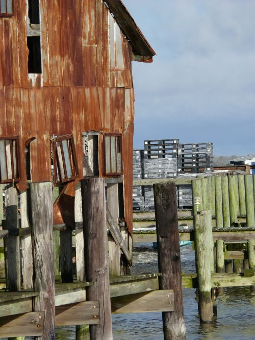 boathouse dock post