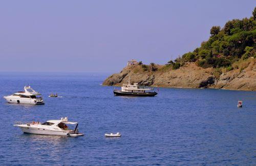 boats sea mountain