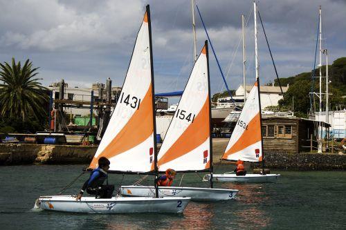 boats race water