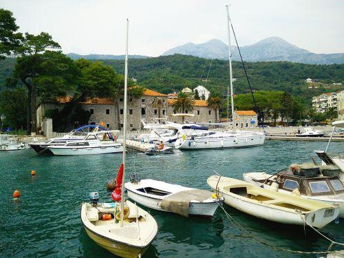 meljine herceg novi boats