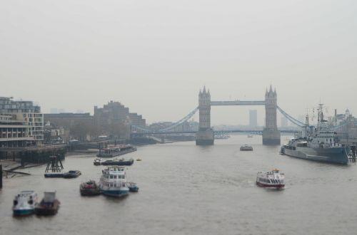 valtys,tiltas,Londonas,lietingą