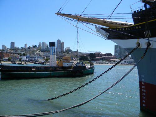 boats fisherman's wharf ocean