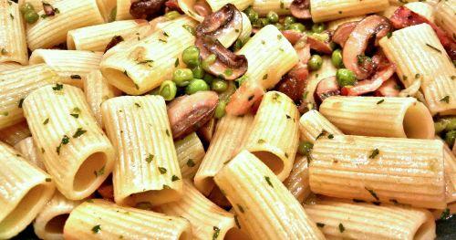 boccolotti pasta peas mushrooms