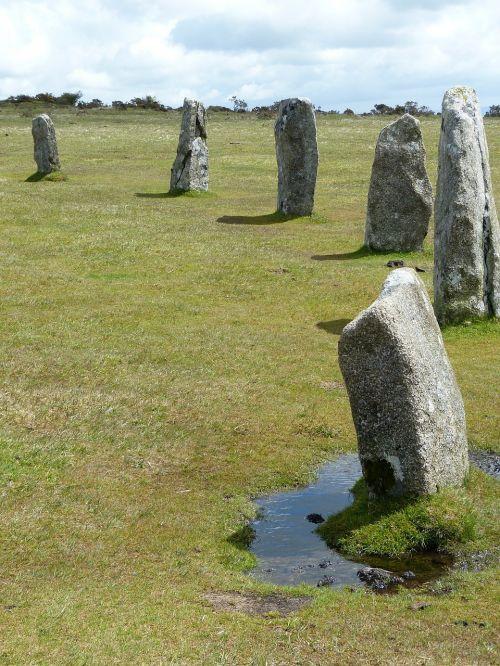 bodmin moor stone circles cornwall