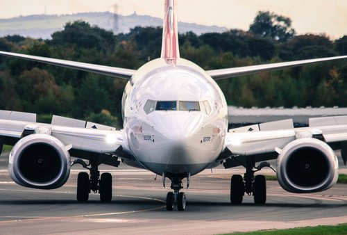 boeing 737  airplane  aeroplane