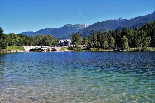 bohinj,bohinj ežeras,Julijos alpės,bohinj ežeras,turizmas,atostogos,slovenia,skaidrus vanduo,kalninis ežeras