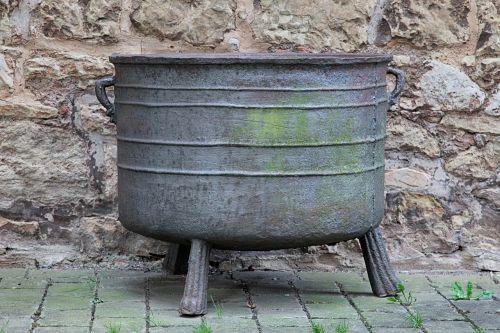 boiler cast old