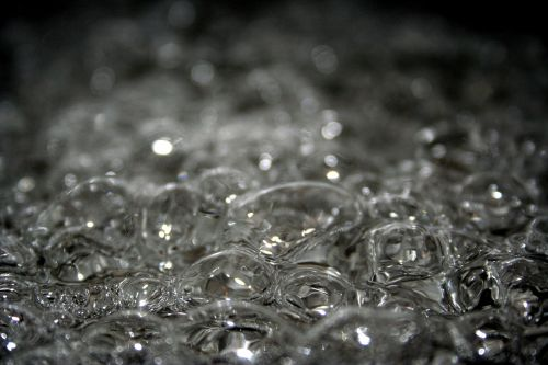 boiling water bubbles cooking
