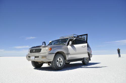 Bolivija,uyuni,Keturių ratų pavara,Jeep,Pietų Amerika,salar de uyuni,druska butas