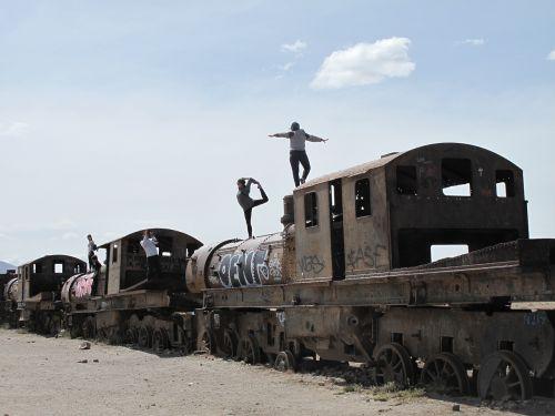 bolivia trains ruins