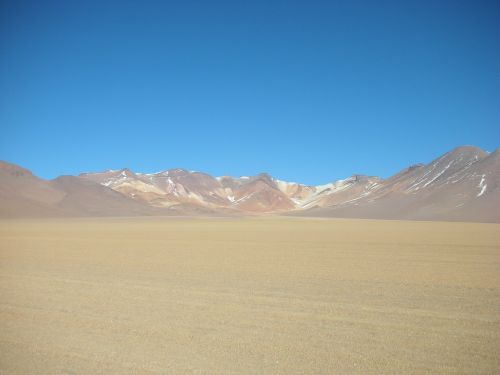 bolivia mountains red