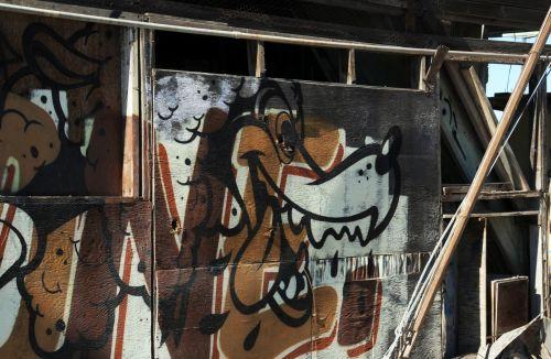 Bombay Beach Ruins Graffiti